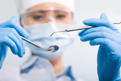 Стоматолог, лечение у стоматолога по полису ДМС
